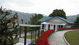 Windsongs, Kalimpong - 10.-Approach-View-of-cottage