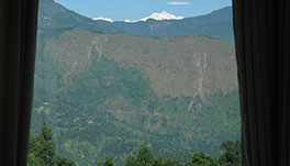 Windsongs, Kalimpong - 17.-Kanchenzonga-from-Cottage-1